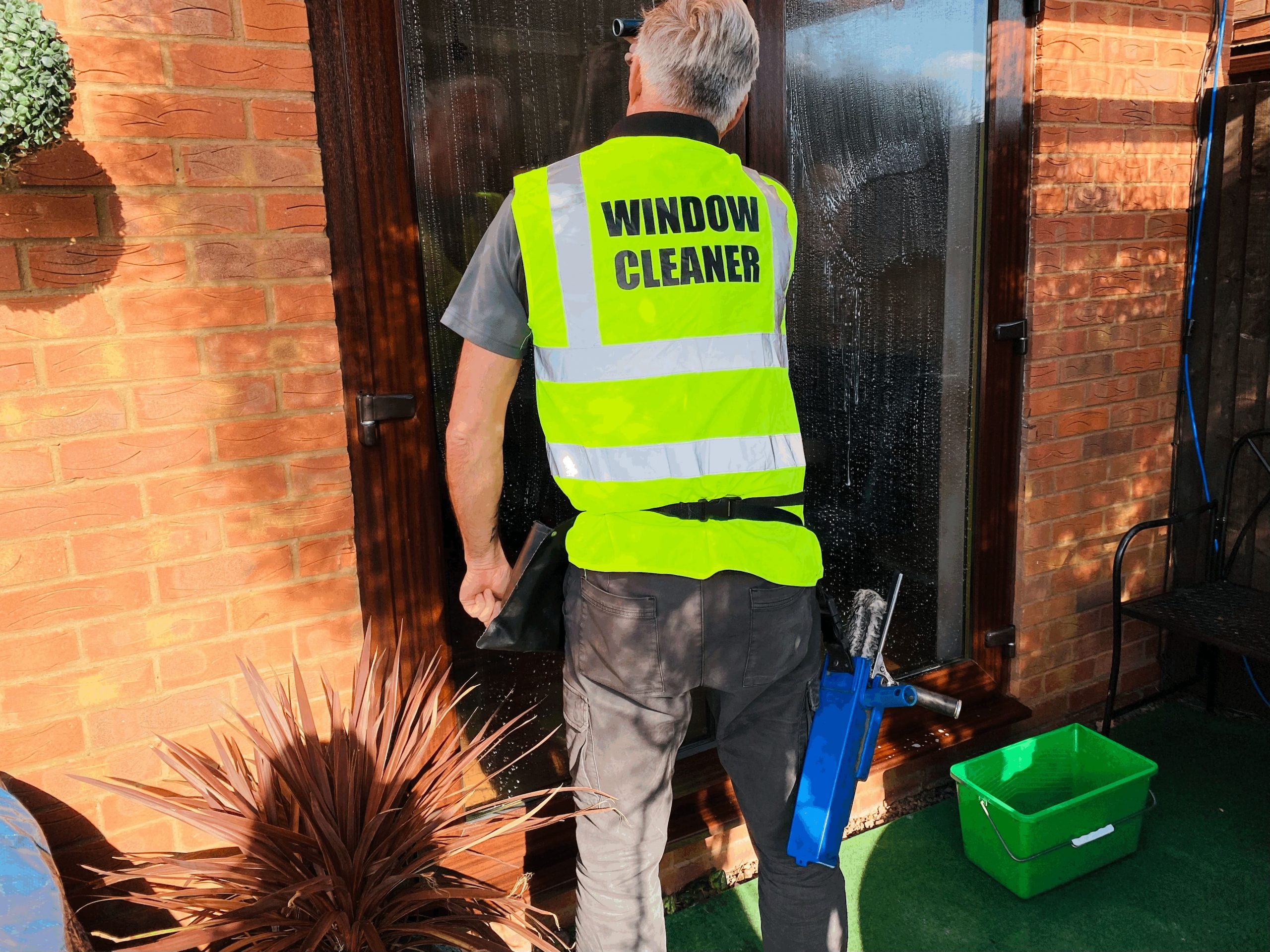 window cleaner dudley